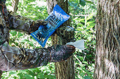5 Tips to Stay Scent Free While Hanging Stands & Cameras